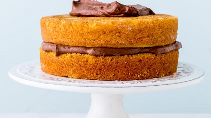 How to make a cake rise evenly?